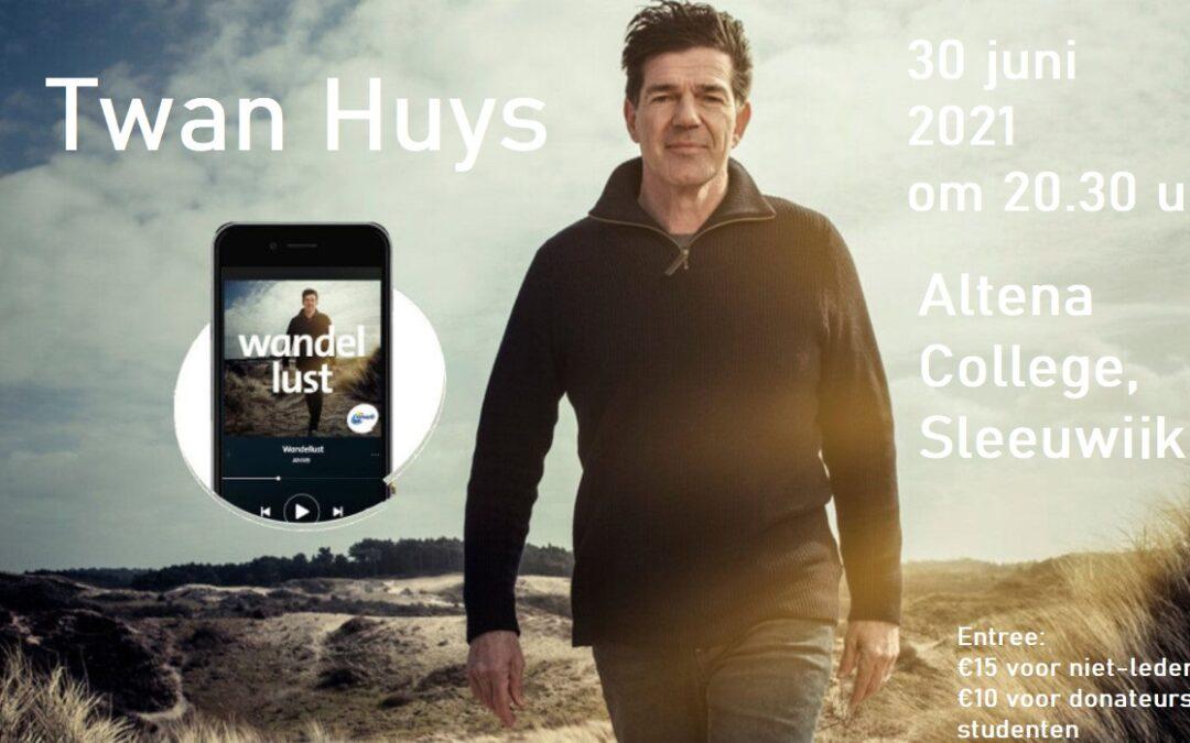 Twan Huys over zijn nieuwe boek: Wandellust'
